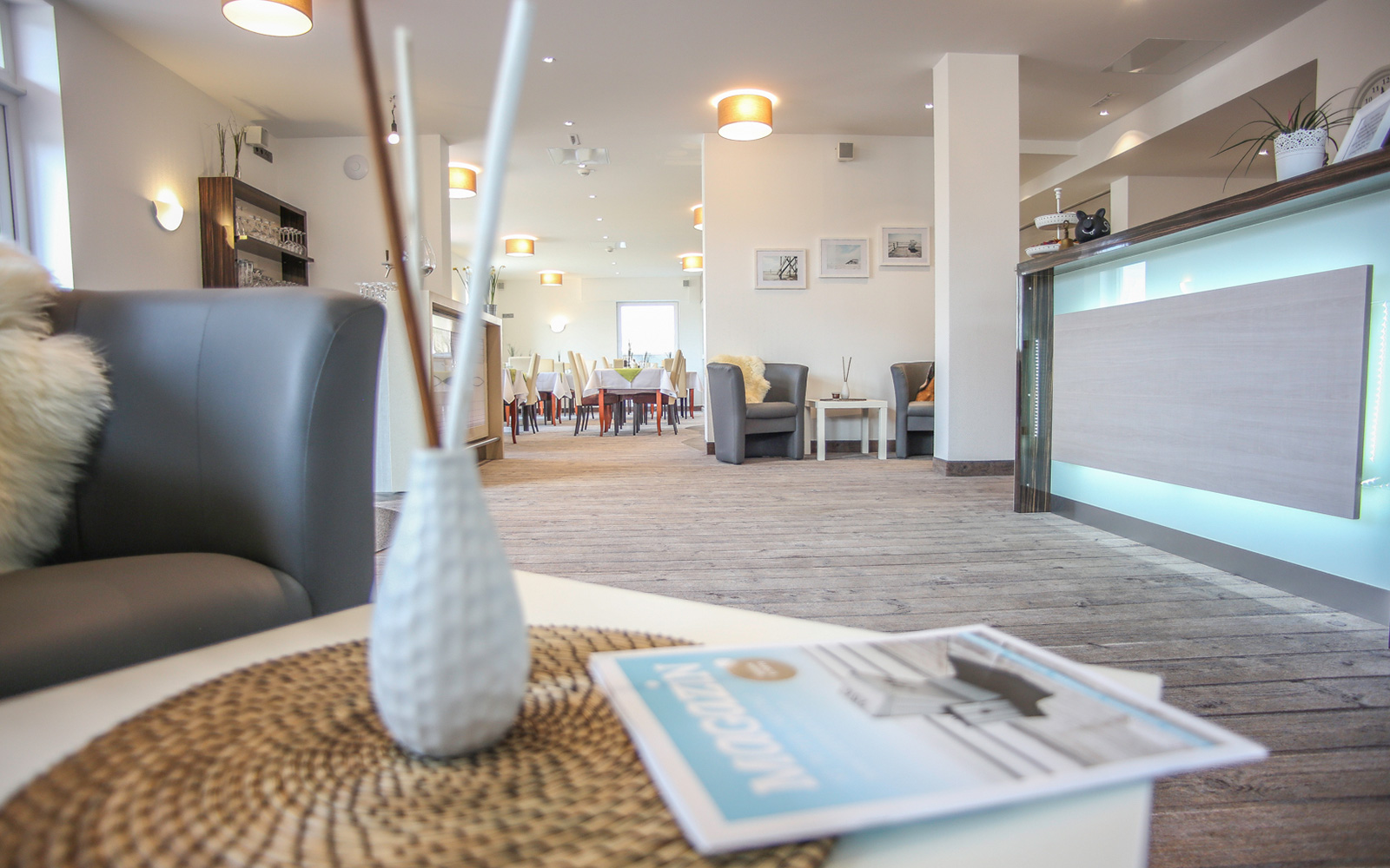 strandburg lobby1 hotel strandburg st peter ording. Black Bedroom Furniture Sets. Home Design Ideas